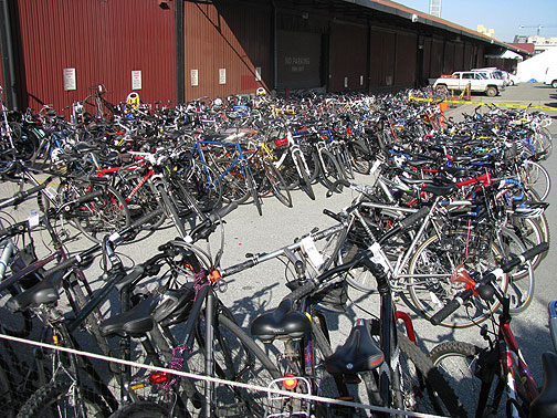 San Franciscan green shoppers like their bicycles!