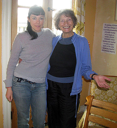 Andrea and Lois, my charming hosts at the Ecovillage!