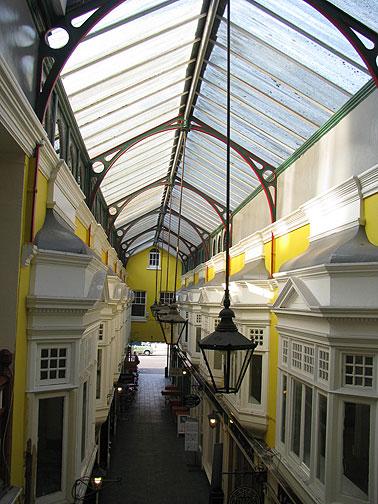 castle-arcade-yellow_8221
