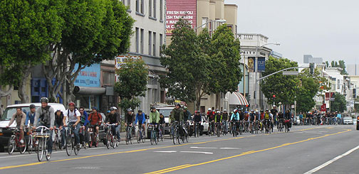 San Francisco cyclists leave on Valencia May 30 for the Maker Faire 20 miles south in San Mateo.