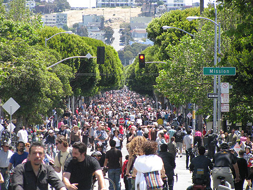 24th Street east from Valencia, Sunday, June 7, 2009.