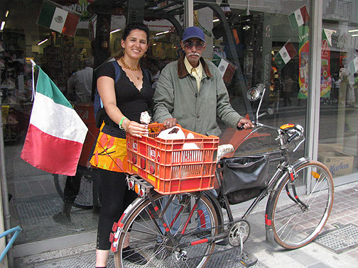 Adriana and Don Francisco Gonzalez Estrada with his 1957 bicycle.
