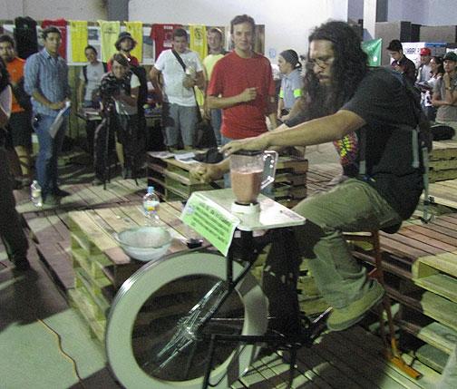 Bici Licuadora (blender) for raffle at the Congress.