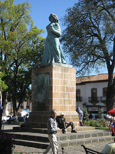 Local feminists erected this statue to Gertrudis Bocanegra in the 1970s. She was a hero of the Mexican Revolution, put to death by Spanish soldiers in 1818 when she refused to divulge any names of the insurgents.
