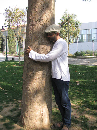 Sheetal gives a Gezi tree a hug...