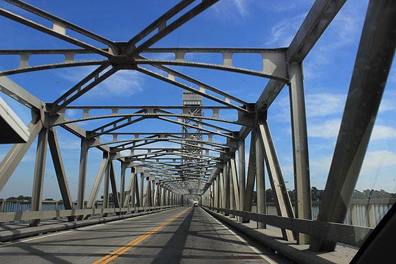 What it's like on the Madera Bridge... reading about all the thousands of old bridges around the country in need of rehabilitation, I wonder how many of them are in the Delta?