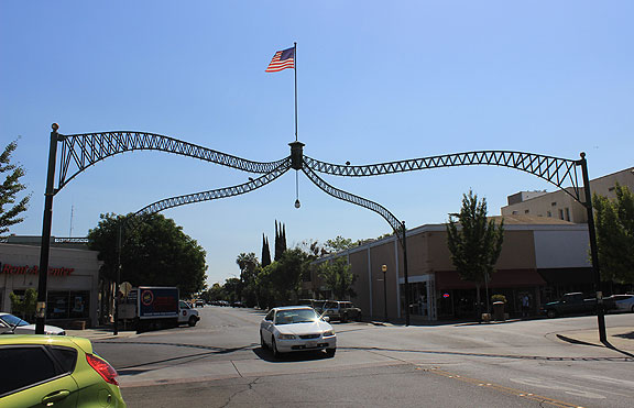 Marysville's Historic Arches!