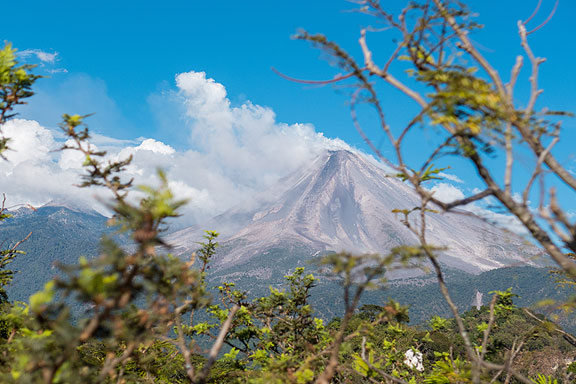 72_volcano-w-lava-flow_Jacal-de-San-Antonio-January-3-2015-1010765