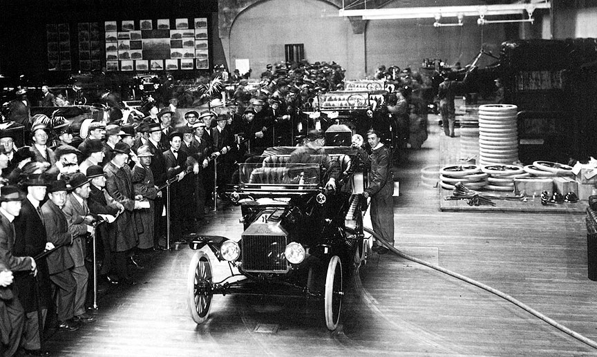 The Ford Assembly line at the PPIE, 1915.