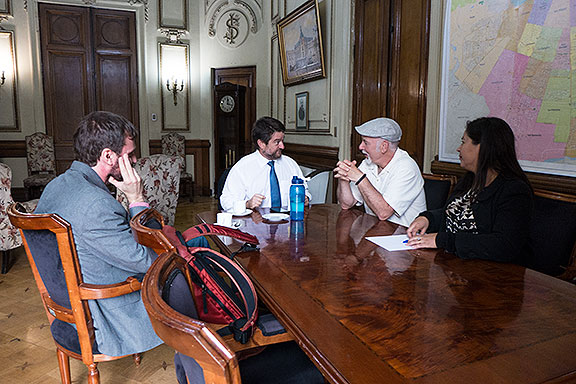 Meeting with Claudio Orrego and Rodrigo Nunes in the Intendente's office.