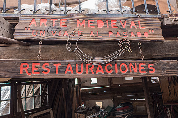 The restoration going on fulltime in La Casona is remarkable, but this claim seemed exaggerated...