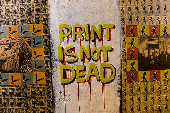 Valparaiso-print-is-not-dead-graffiti-1070140